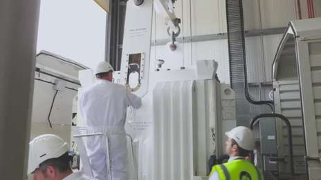 Removal of breeder from Dounreay fast reactor