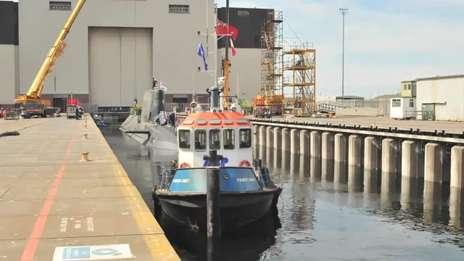 Artful submarine launch time-lapse