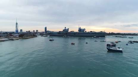 HMS Queen Elizabeth makes debut in Portsmouth